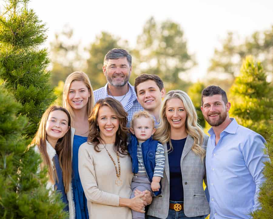 HireMyMom Founder Lesley Pyle and family